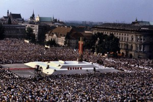 John Paul in Warsaw Victory Square Saturday 2nd June 1979 the Vigil of Pentecost 1